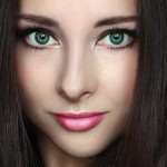 Красивые зеленые глаза девушек — фото