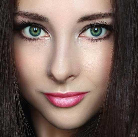Красивые зеленые глаза девушек - фото