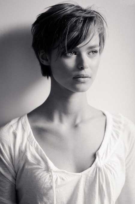 Красивые девушки со стрижкой - фото